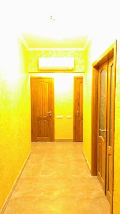 Hallway/Коридор
