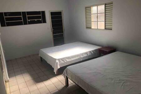 São Sebastião do Paraiso casa mobiliada Lagoinha