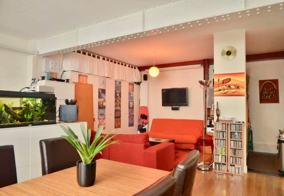 Loft new yorkais centre de paris lofts louer paris le de france france - Achat loft ile de france ...