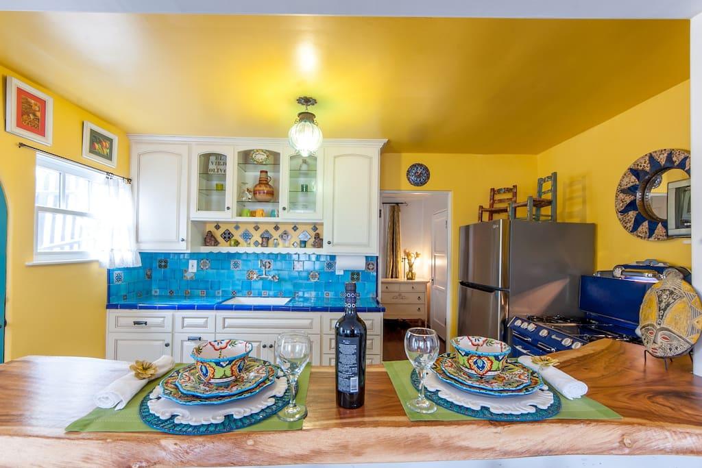 Manhattan Beach Close Spanish Cottage 2 Blks2beach Apartments For Rent In Manhattan Beach