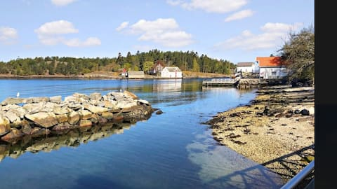 Rorbu-Hytte. Flott beliggenhet. Hardangerfjorden