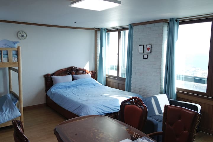 JOONHOUSE SEA VIEW 5 Minutes From TERMINAL by walk - Beon yeong-ro, Sokcho-si - Huoneisto