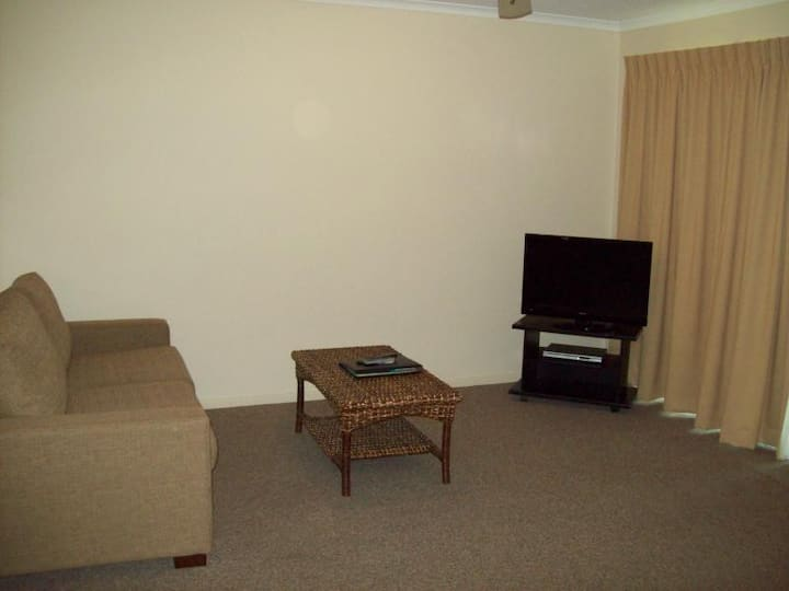 Warm Room Two Bedrooms At Coffs Harbour