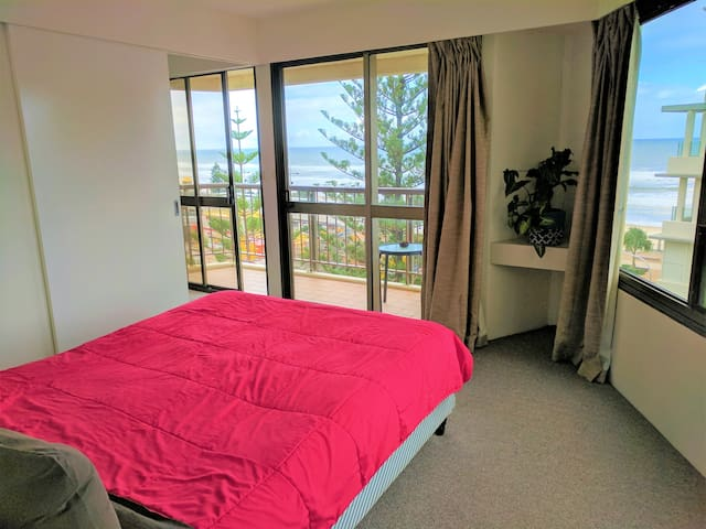 14 days in Surfers Paradise - 1Bedroom OceanView