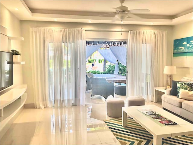E101 Luxury Beach Apt 2 Bedroom Punta Cana
