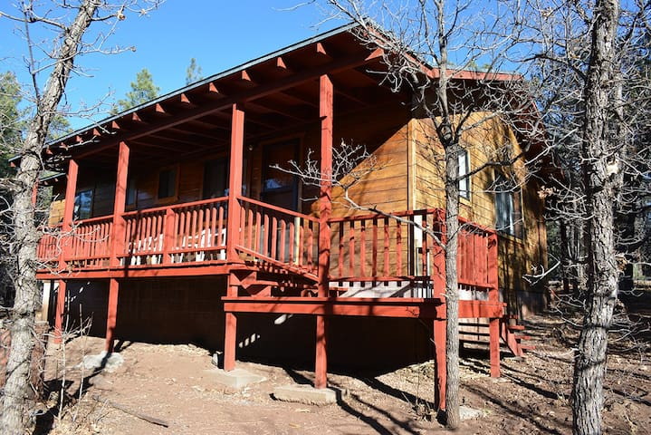 Whispering Pines Resort Cabin 9