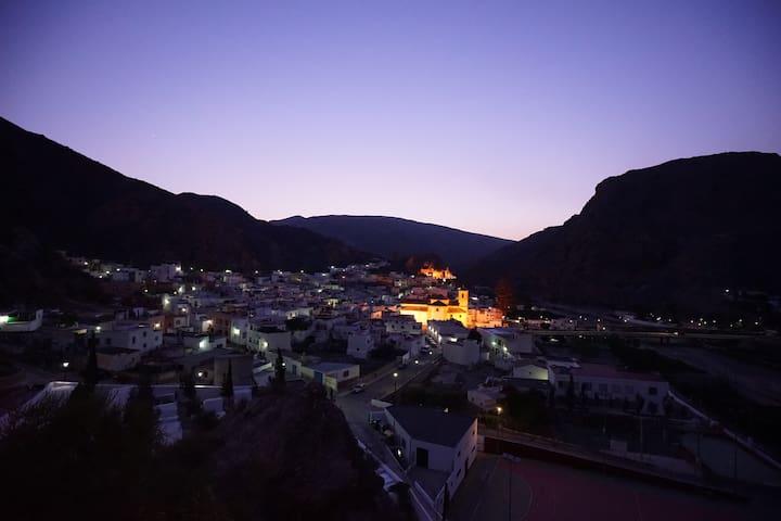 Habitación con vistas a La Alpujarra - Alboloduy - Pis