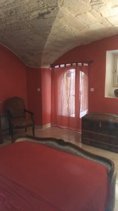 Ground floor bedroom (red room)