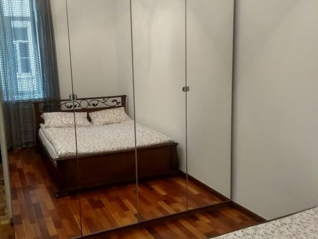 Double bed room . Hotel Arbat 51