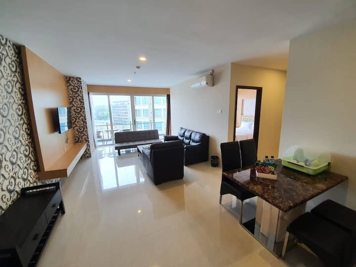 Batam Stays ASTON Apartment Near NagoyaHill BCS A2