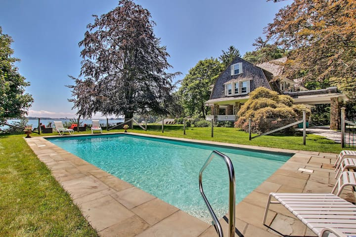 NEW-Riverfront Niantic Home w/Private Beach & Pool
