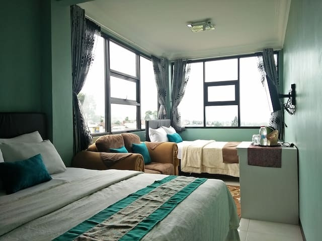 Lembur Incu Syariah Villa & Resto Unit Rama