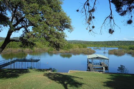 Bald Eagle Cottage on Lake Buchanan - Tow - Hus