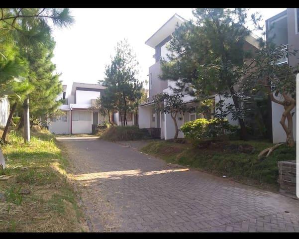 GH Villa Garut