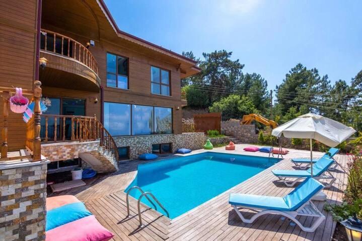 Villa Faralya