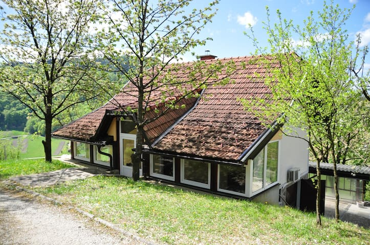 Charming country house - Cmereška Gorca - Casa