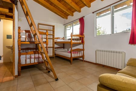 Alberg La Solana - 3 - Group/Family Room (4 - 6 persons) - Reduced Movility - Salàs de Pallars - Wohnung
