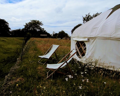 Beautiful yurt, with stunning South Downs views
