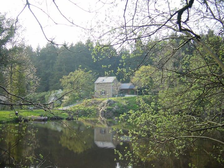Gîte romantique au bord d'un étang