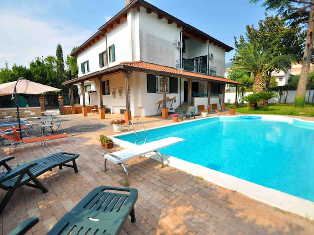 Villa in Cava de' Tirreni ID 3