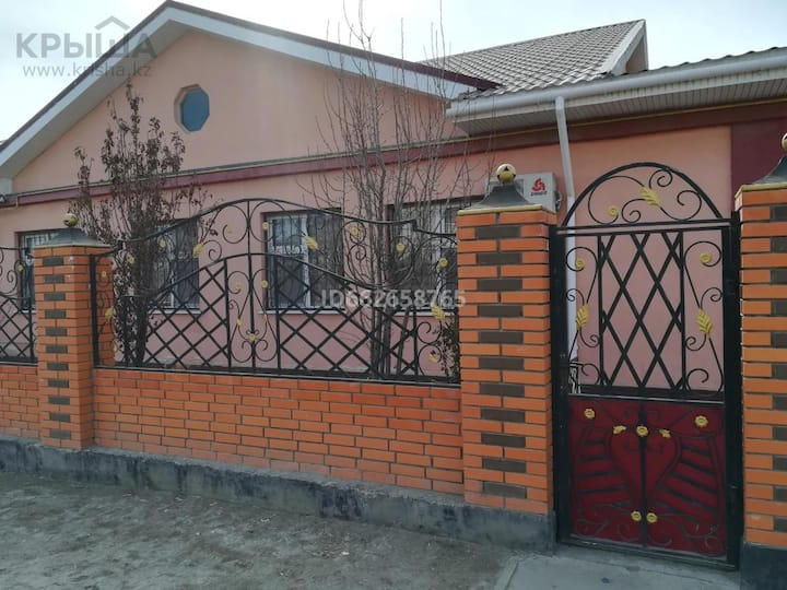 Beautiful guesthouse in a Villa with Garden Atyrau
