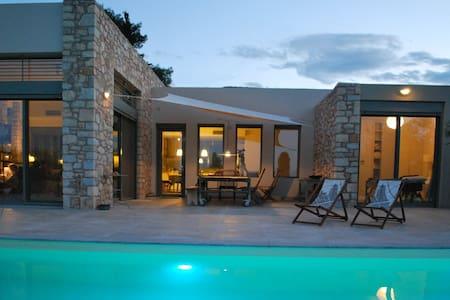Luxury beach front Villa Negroni - Astros