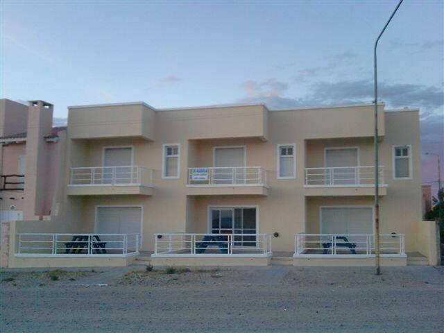 LOS ACANTILADOS -LAS GRUTAS.