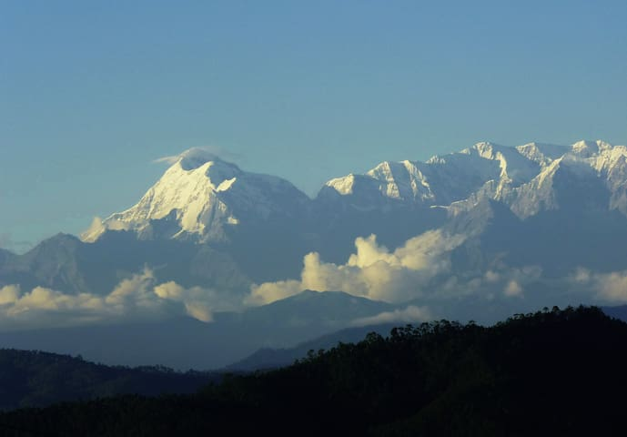 VIDYUNS - view the Ranikhet Almora snow peaks
