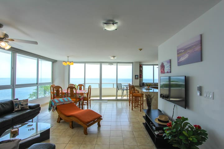 Lovely beachfront condo - Nueva Gorgona - Kondominium