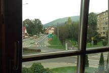 Widok z okna na Górę Czantorię