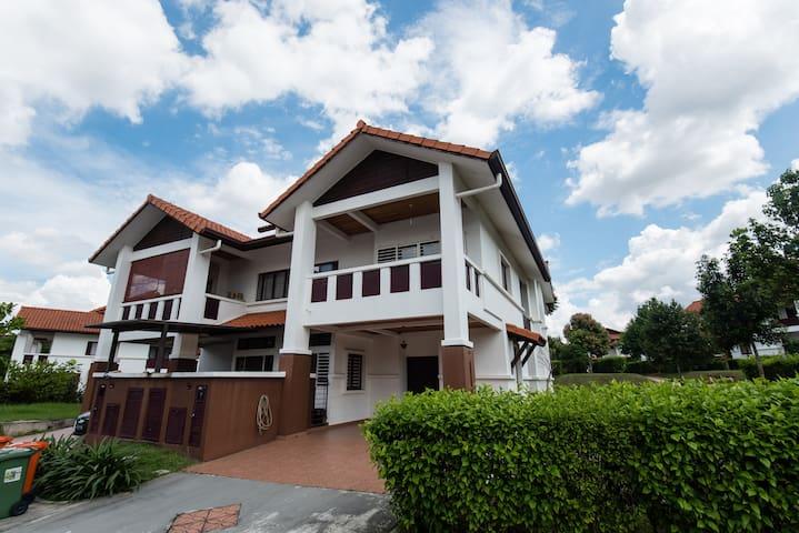 The Haven Villa (THV) Putrajaya Spacious Homestay - Putrajaya - 別荘