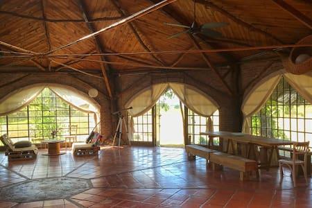 Mágica y acogedora casa de campo - Colonia Del Sacramento