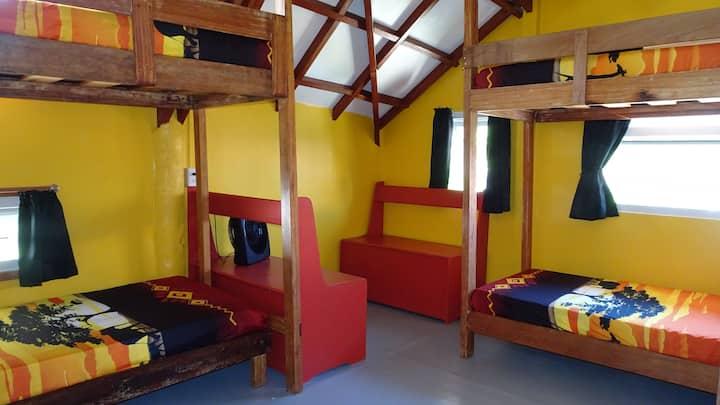 ThresherShack Beachfront Guesthouse - Yellow Room