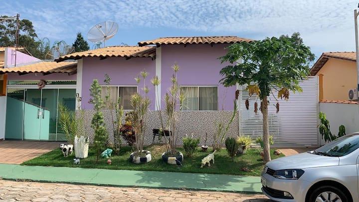 Clube Lagoa Quente  - Casa em frente ao balneário.