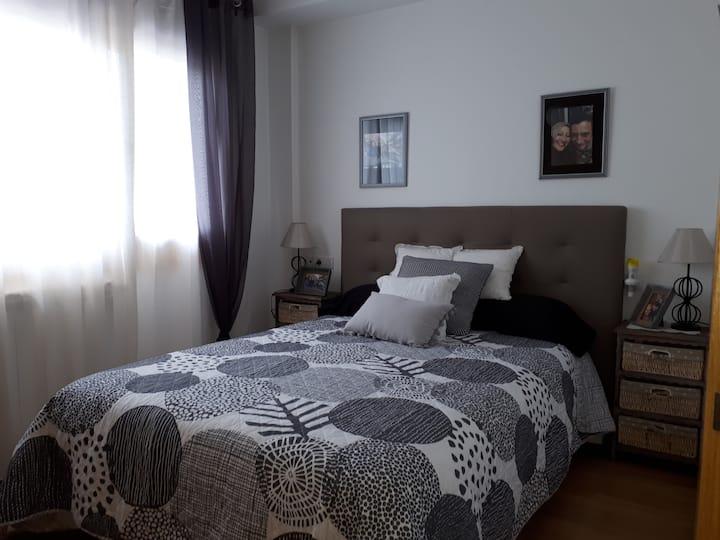 Habitación en Chalet adosado  en Zona tranquila.
