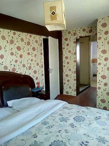 "ENSUITE ROOM WITH WIFI @ WESTLANDS & NEAR ""CBD"""
