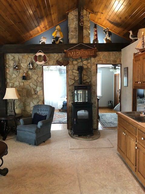 Stone Cottage - upper unit