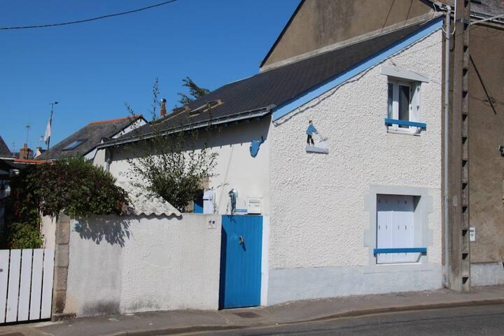 Charmante maison près de la plage et du port