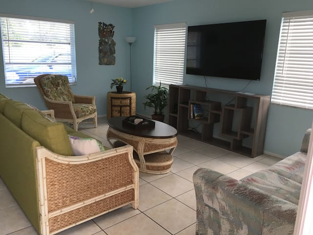 Casey Key Beach 1 Siesta Key  509 Shore Rd Nokomis