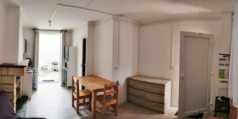 Studio à proximité des remparts de Rocroi
