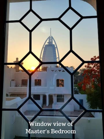 Lovely Room with a view of Burj Al Arab!