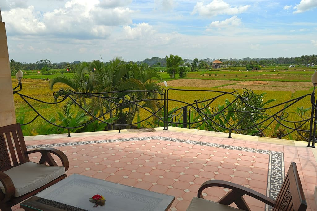 large terrace upstairs to enjoy rice field views