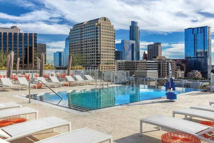 Chic 1 Bedroom Luxury Suite -  Wyndham Austin