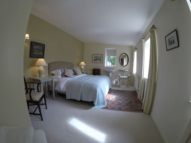 Lovely spacious bedroom and a 'superb' breakfast