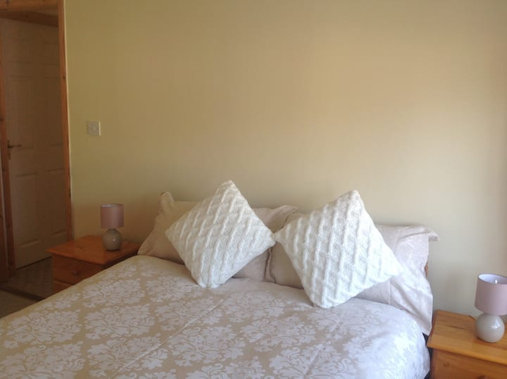 Comfortable double room with private bathroom