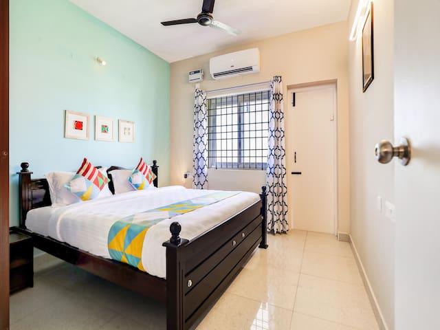 Elegant 2BR Abode, Pondicherry-Can't-Miss Deal!