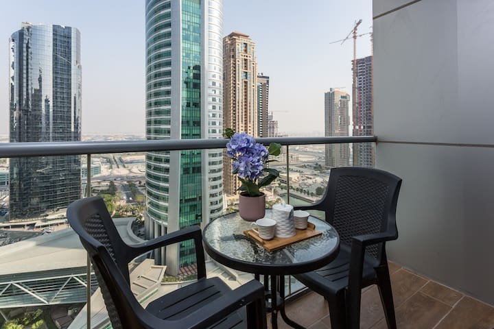 High-end upgraded and fully equipped studio in JLT