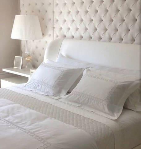 Luxury 6* The Mtanvuna Suite, UMhlanga