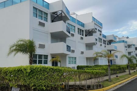 Beachfront (Costamar Beach Village in Loiza, P.R.) - Medianía Alta - Apartament