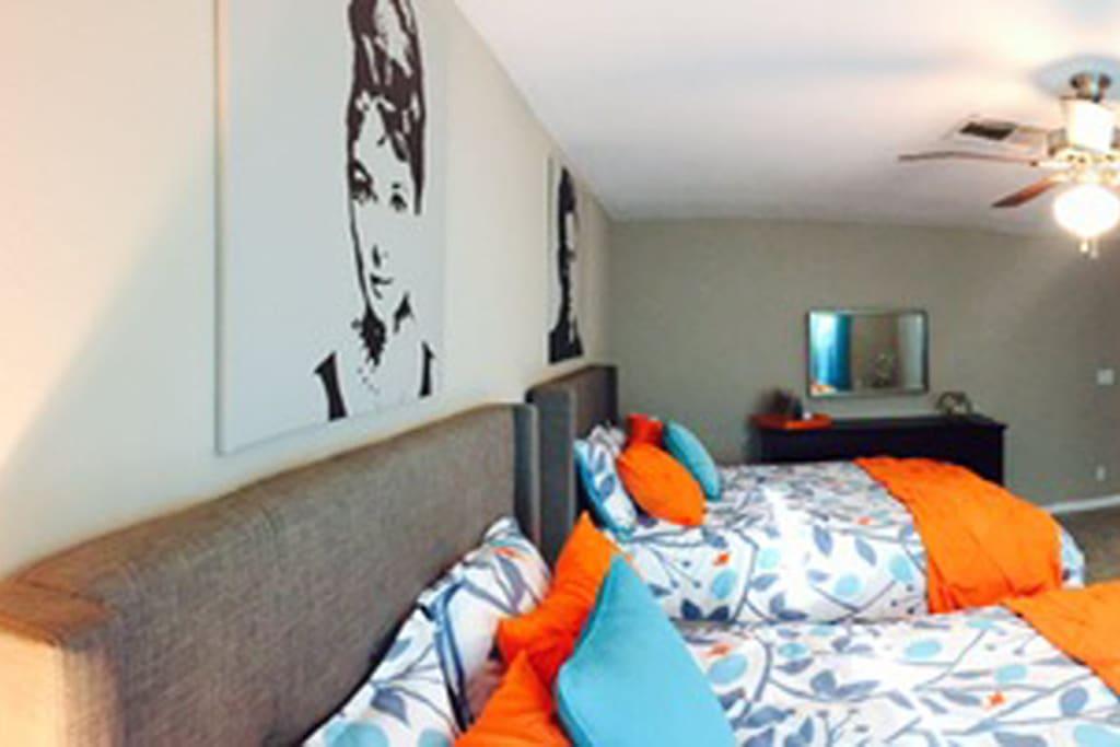 Bedroom 2 - 2 xQueen Beds